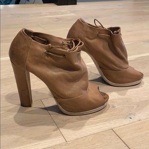 Fendi leather heels